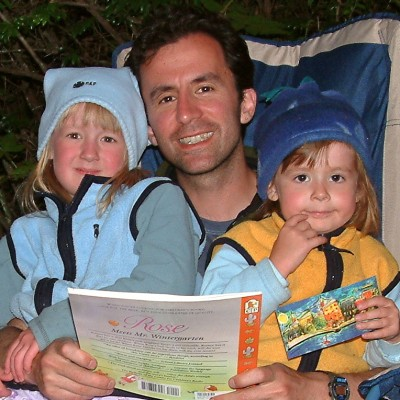 Dave Reading to Cassie and Katie